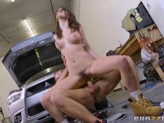 Sexo anal com a putinha